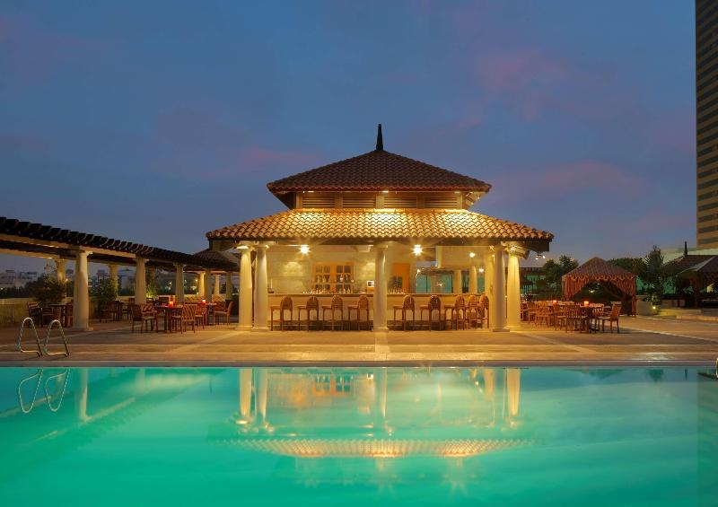 Pool Hyatt Regency Dubai