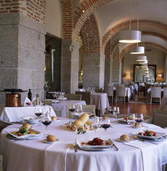 Restaurant Parador De La Granja