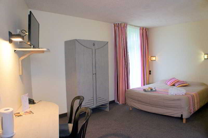 Room Inter-hotel Les Jardins De L\'anjou