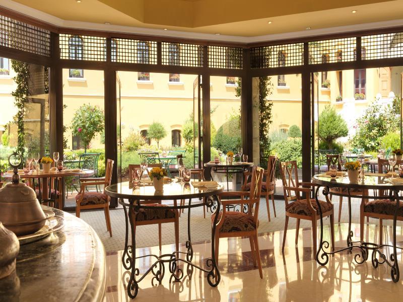 Four Seasons Hotel Istanbul at Sultanahmet - Pool - 23