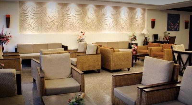 Lobby Royal Peninsula