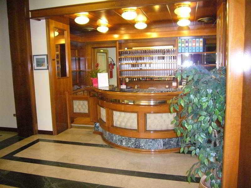 Lobby Park Hotel Napoleone