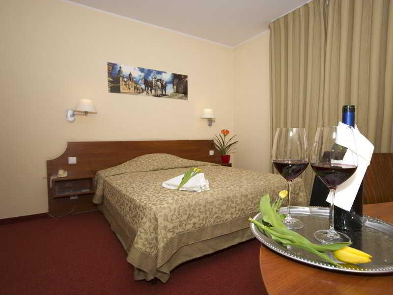 Room Major