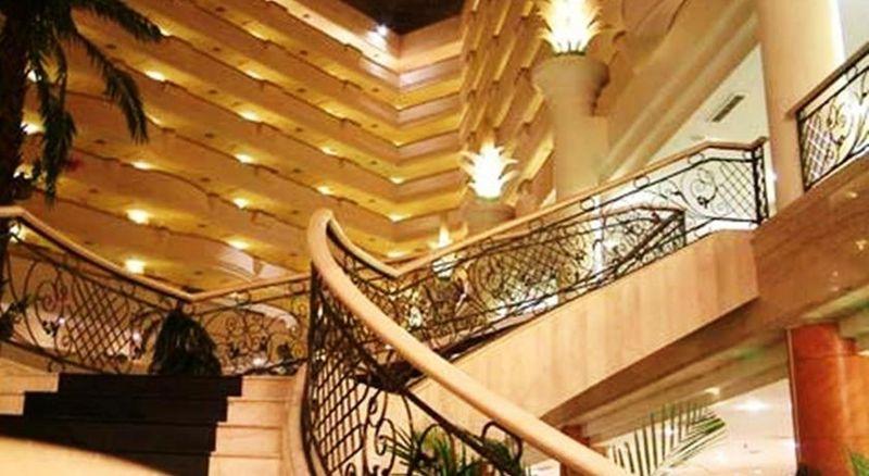 Lobby Berjaya Waterfront Hotel Johor Bahru