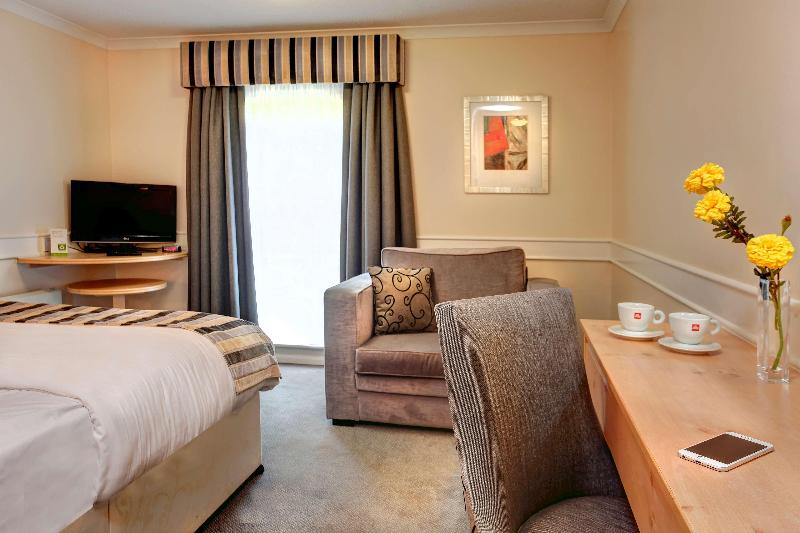 Room Aspect Hotel Tamworth Jct11 M42