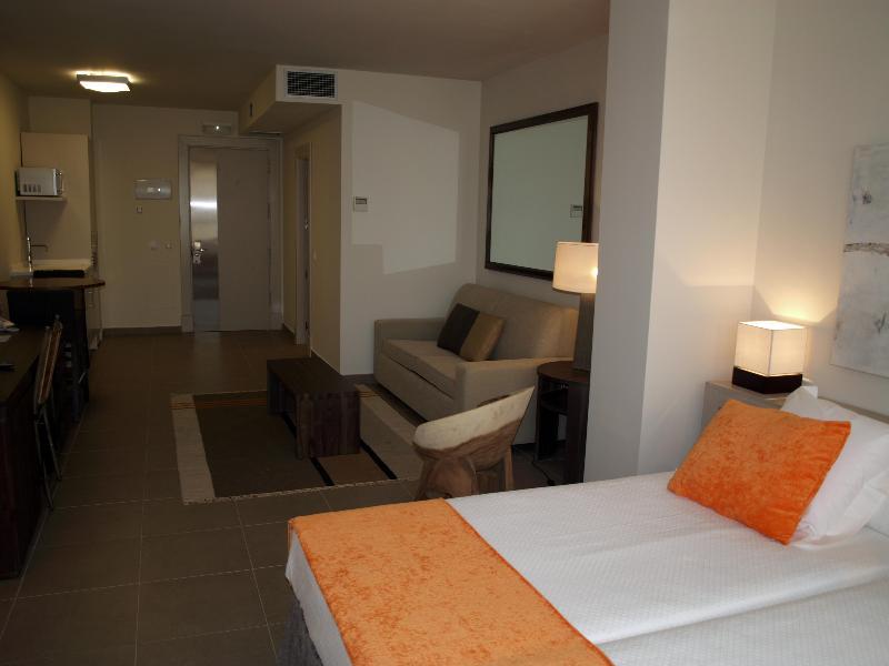 Room Eco Alcala Suites