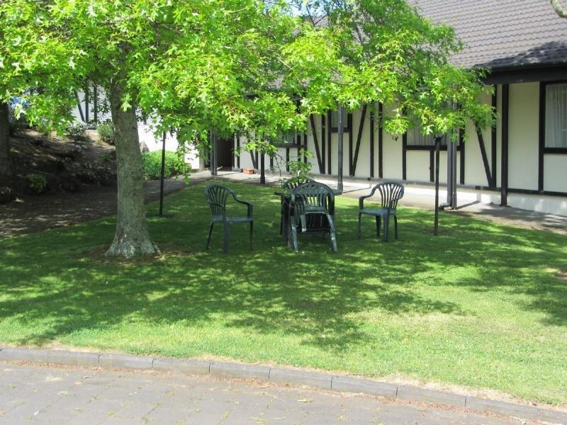 General view Oakwood Manor