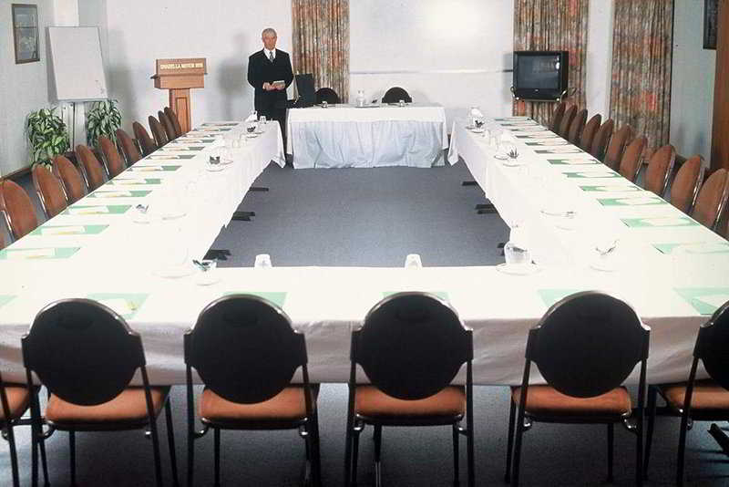 Conferences Silveroaks Hotel On Thorndon