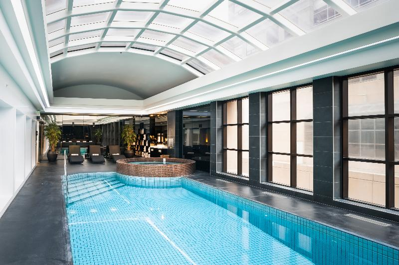 Pool Stamford Plaza Melbourne