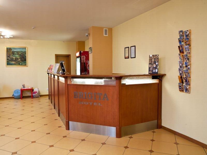 Lobby Kolonna Hotel Brigita