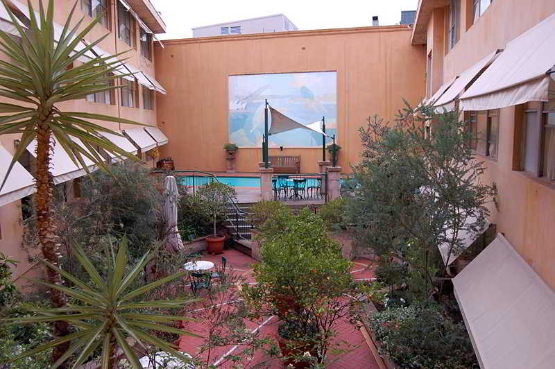 Pool Arts Hotel - Paddington