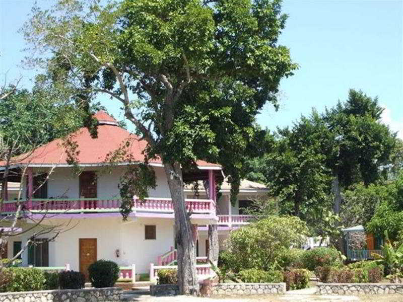 Sumerset Village