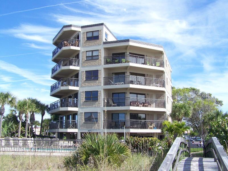 Lobby Gulf Strand Resort