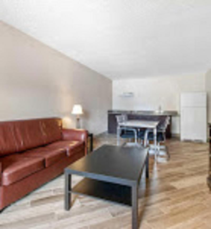 Room Clarion Inn & Suites
