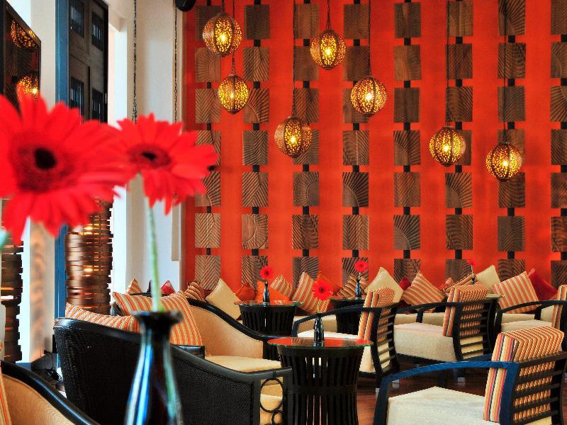 Millennium Resort Patong Phuket - Bar - 23