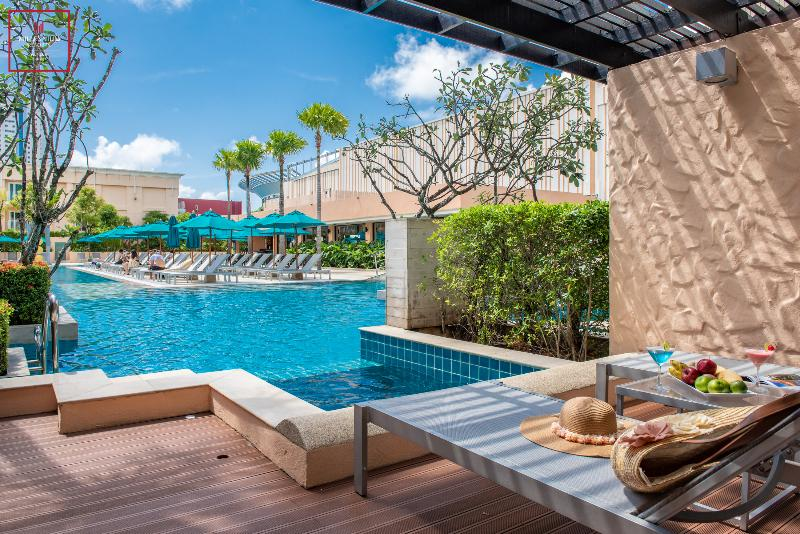 Millennium Resort Patong Phuket - Room - 17