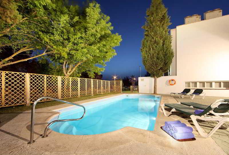 Pool Macia Villa Blanca