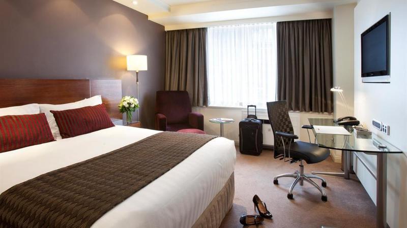 Room Rydges Melbourne