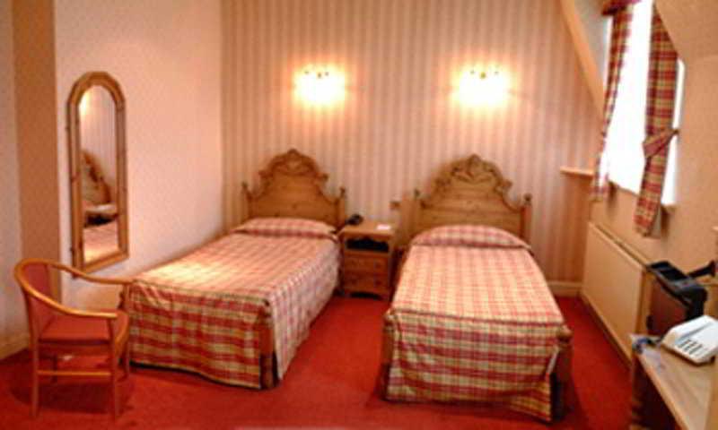 Room Danum