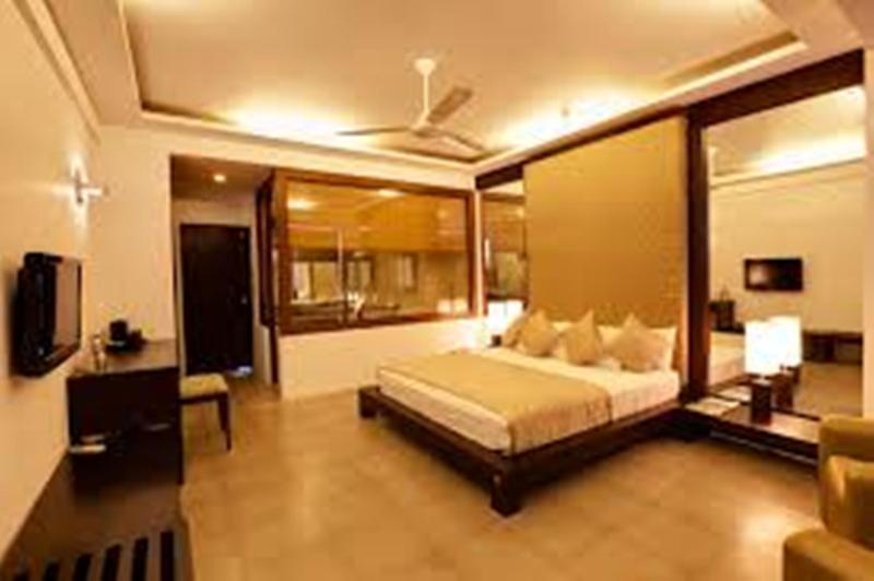 Room Tourmaline