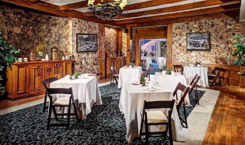 Restaurant The Inn At Death Valley