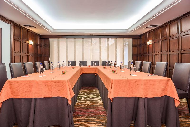 Conferences Nh Collection Royal Andino
