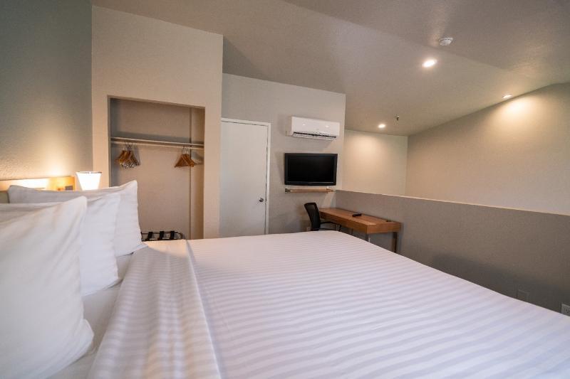 Studio Suite  Double Beds Alexis Park