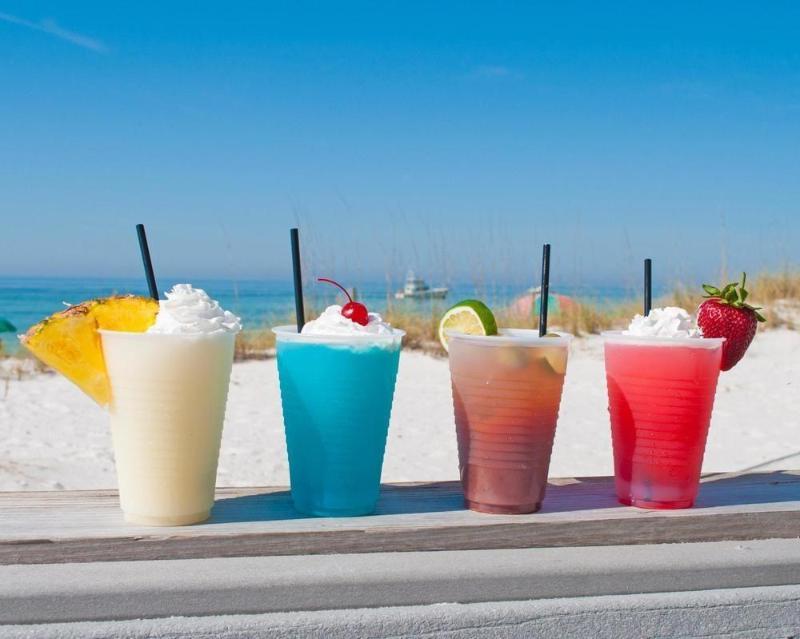 General view Resortquest Rentals At Pelican Beach Resort