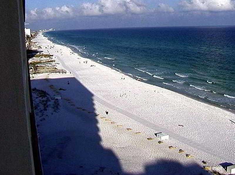 Beach Resortquest Rentals At Pelican Beach Resort