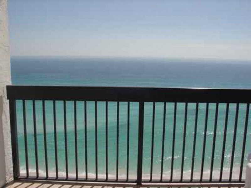 Terrace Resortquest Rentals At Pelican Beach Resort