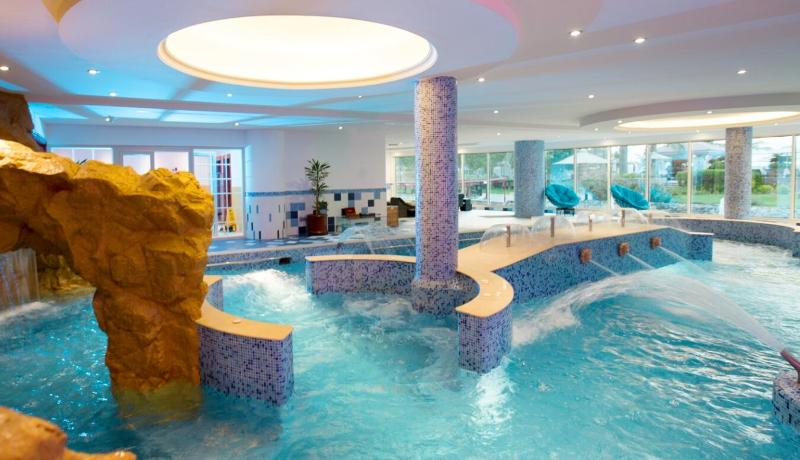 Pool Al Raha Beach