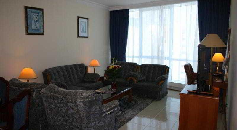 Room Grand Excelsior Hotel Sharjah