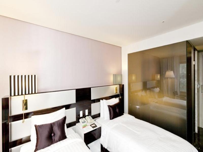 Room Ramada Seoul