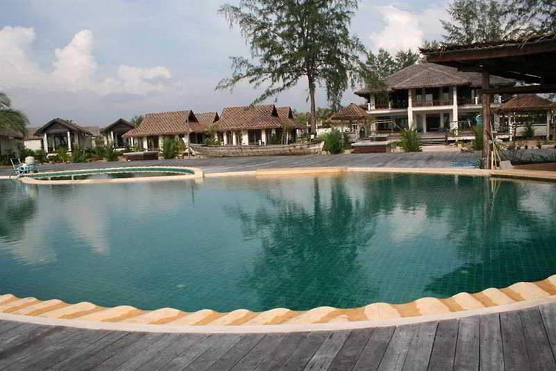 Pool Tacola Resort & Spa