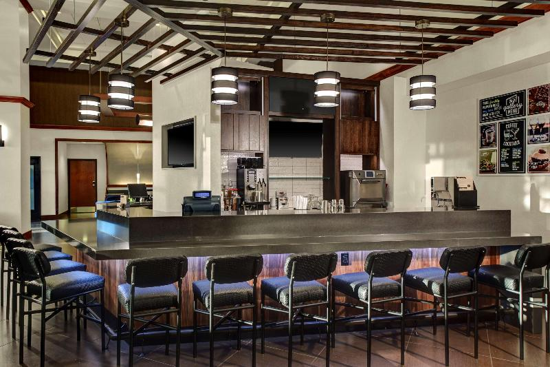 Hyatt Place Primacy Parkway - Bar - 13
