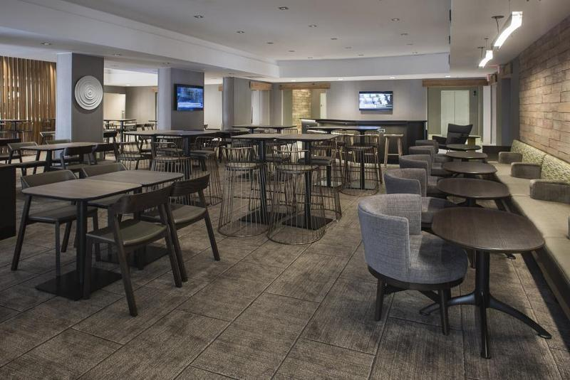 Restaurant Springhill Suites New Orleans Downtown/convention