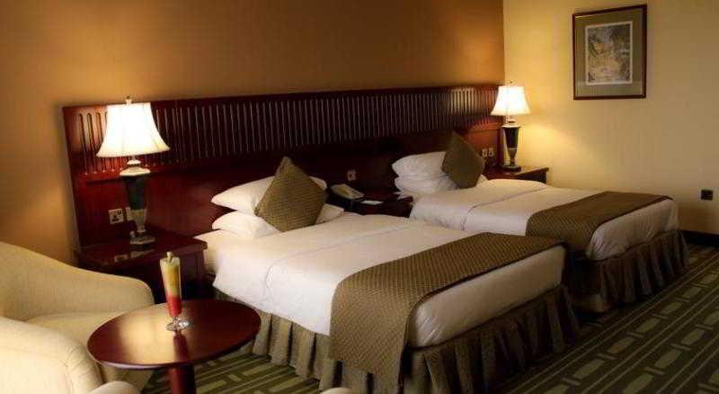Room Golden Tulip Khatt Springs Hotel And Spa