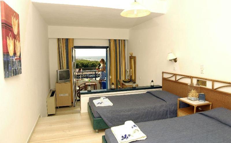 Room Kosta Mare Palace