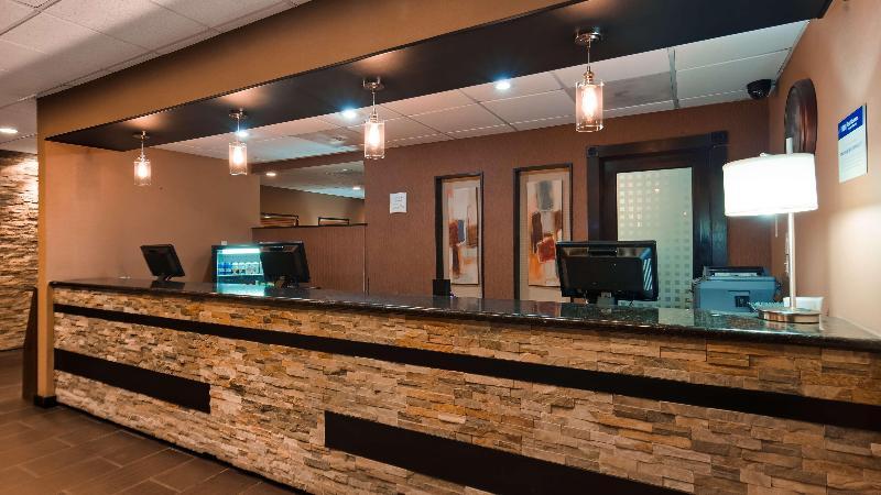 Lobby Best Western Plus Inn Suites Yuma Mall