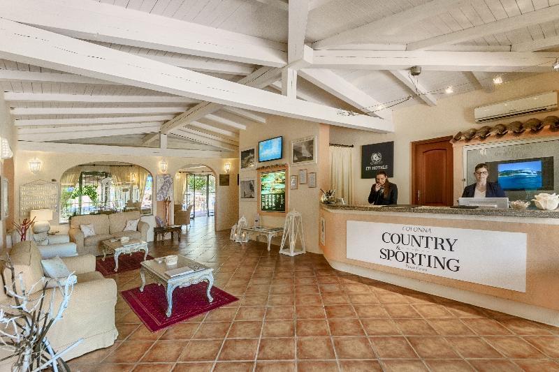 Lobby Colonna Country & Sporting Club