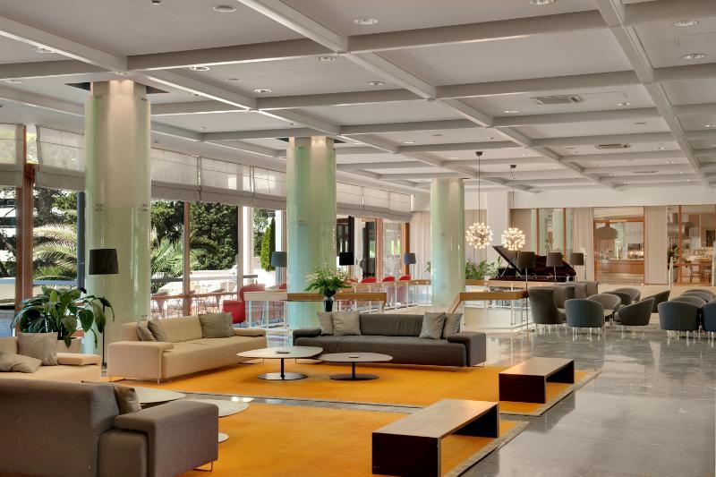 Lobby Hotel Eden