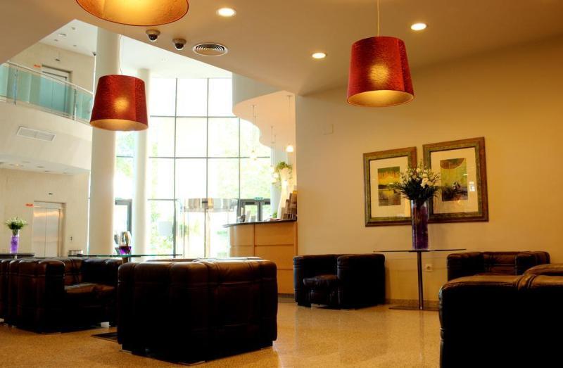 Lobby Gran Hotel Victoria