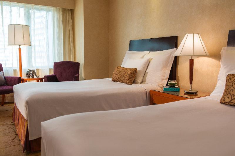 Room Renaissance Shanghai Yangtze Hotel