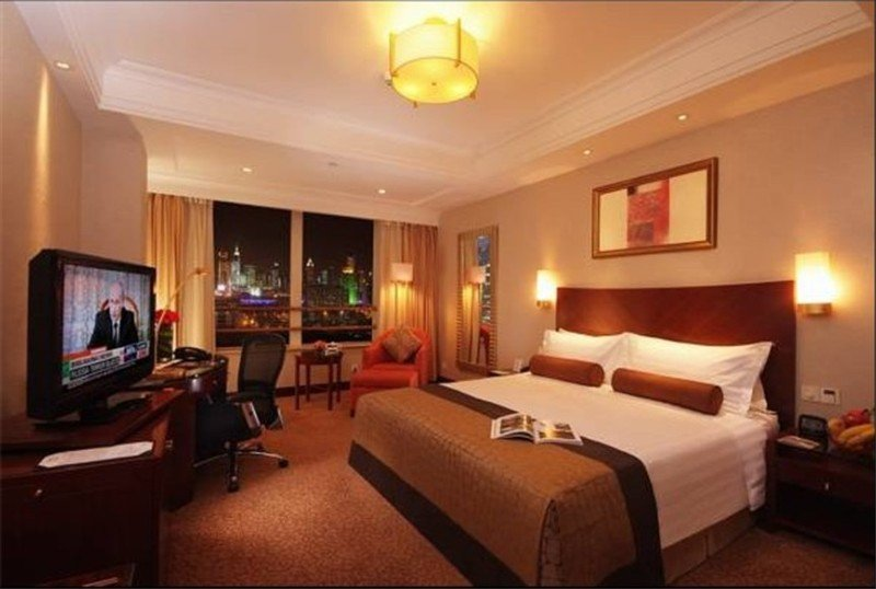 Room Radisson Blu New World
