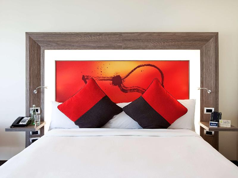 Room Novotel Wellington