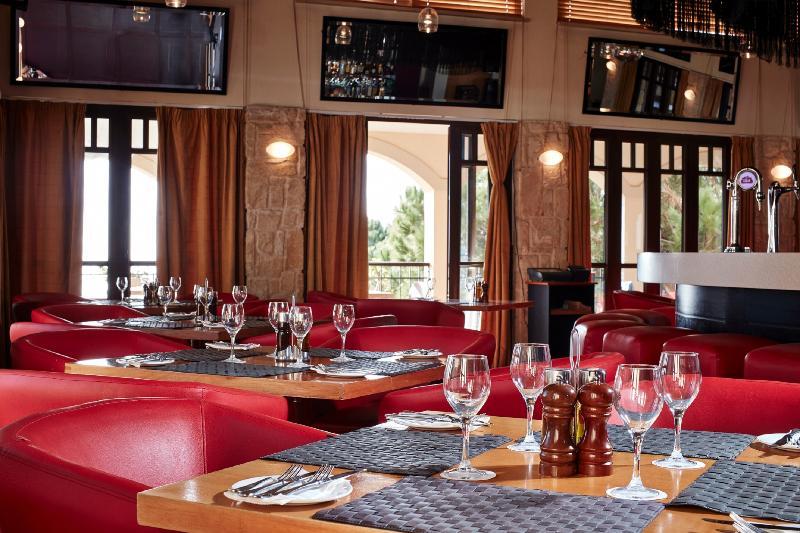 Bar Aphrodite Hills Golf & Spa Resort Residences
