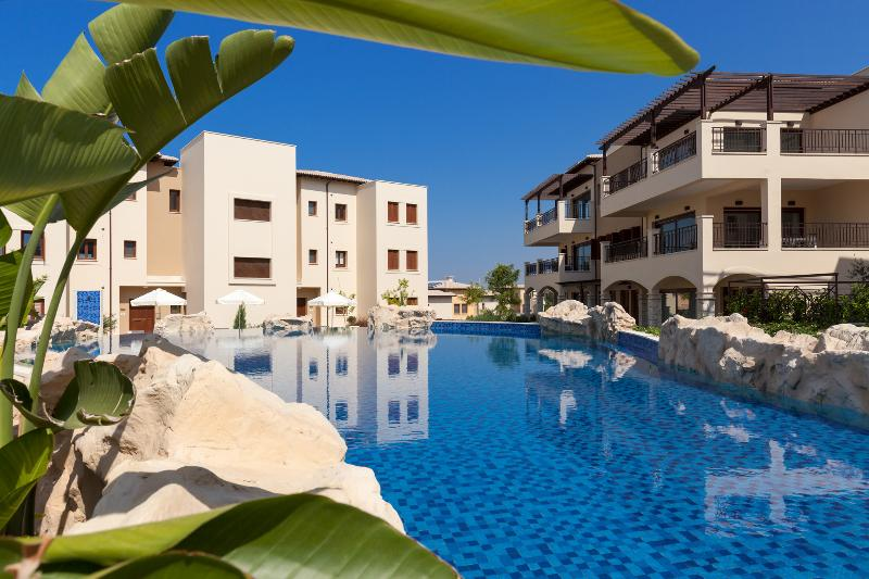 Pool Aphrodite Hills Golf & Spa Resort Residences