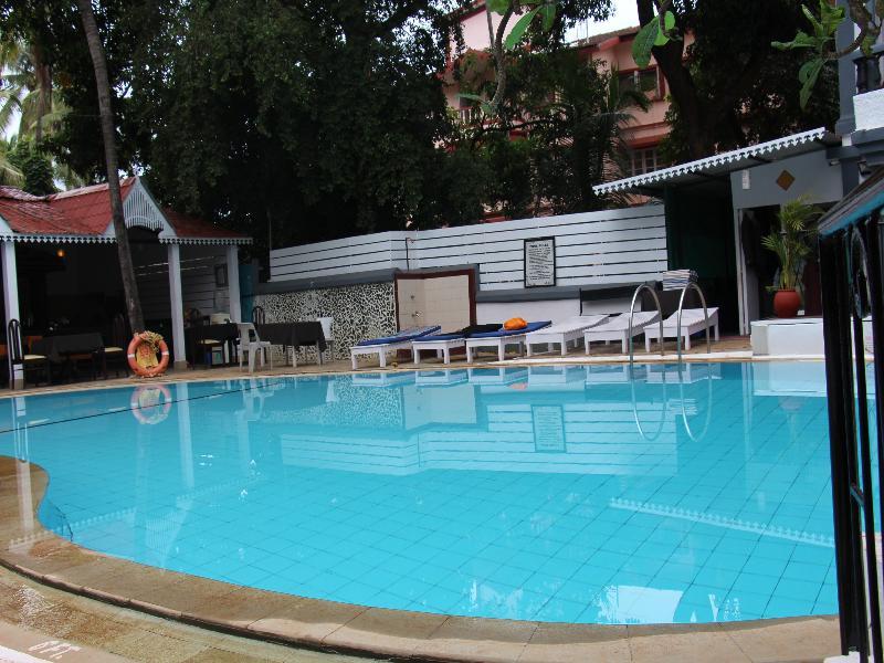 Pool Santiago
