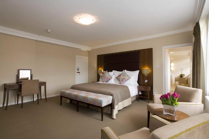 Room Dolphin House