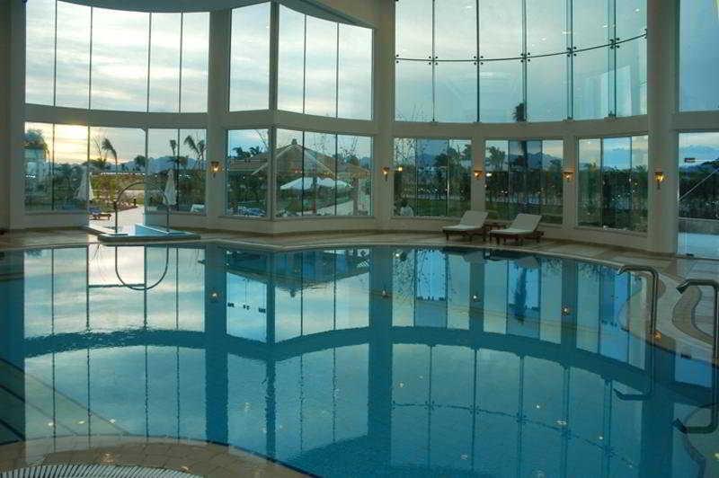 Pool Sierra